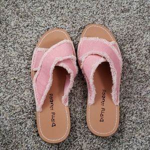 Dirty Laundry Shoes - Pink sandals